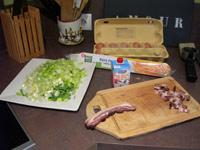 Découpe des poireaux et des lardons