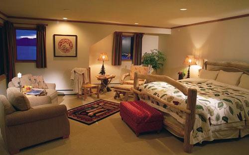 Chambre : mobilier en bois brut