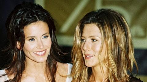 Jennifer Aniston aux côtés de Courteney Cox